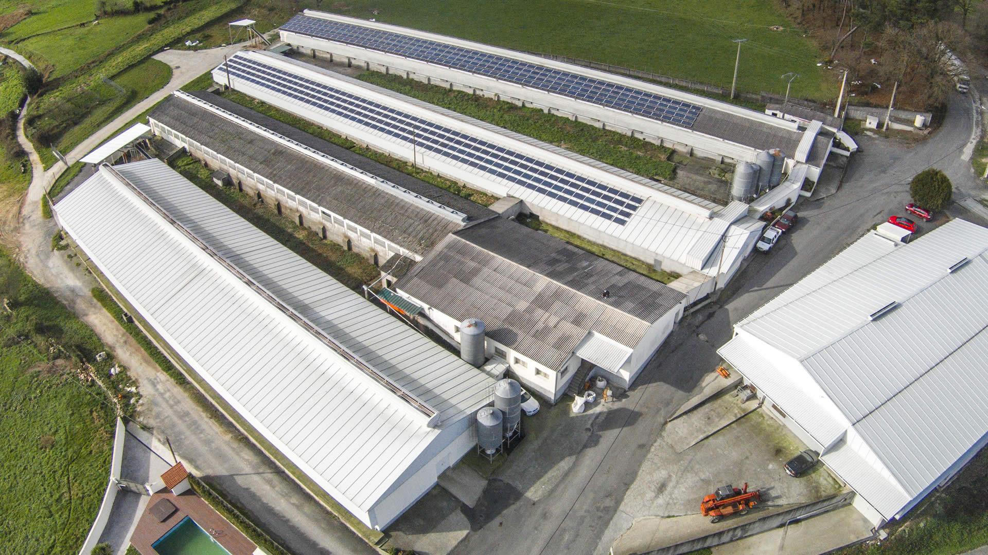 edf-solar-instalacion-paneles-solares-granja-campomayor-1
