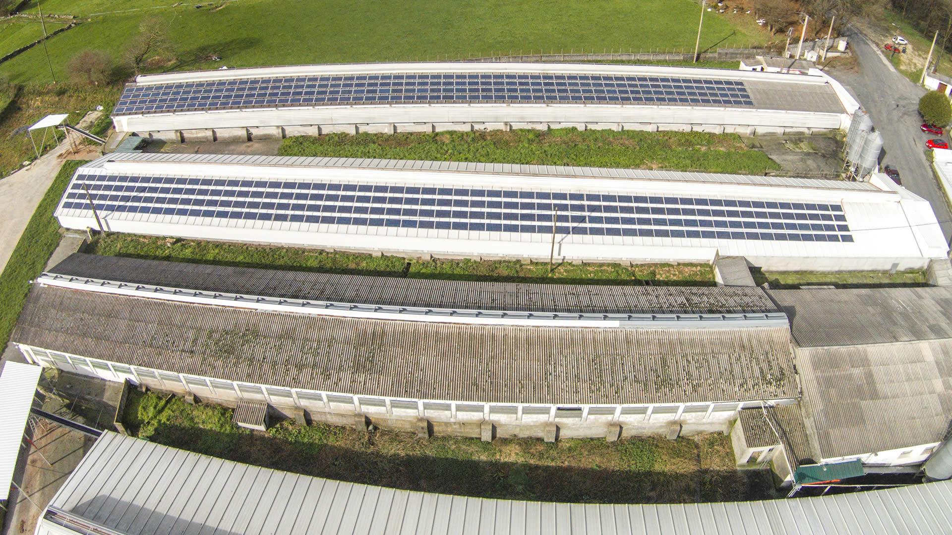 edf-solar-instalacion-paneles-solares-granja-campomayor-2