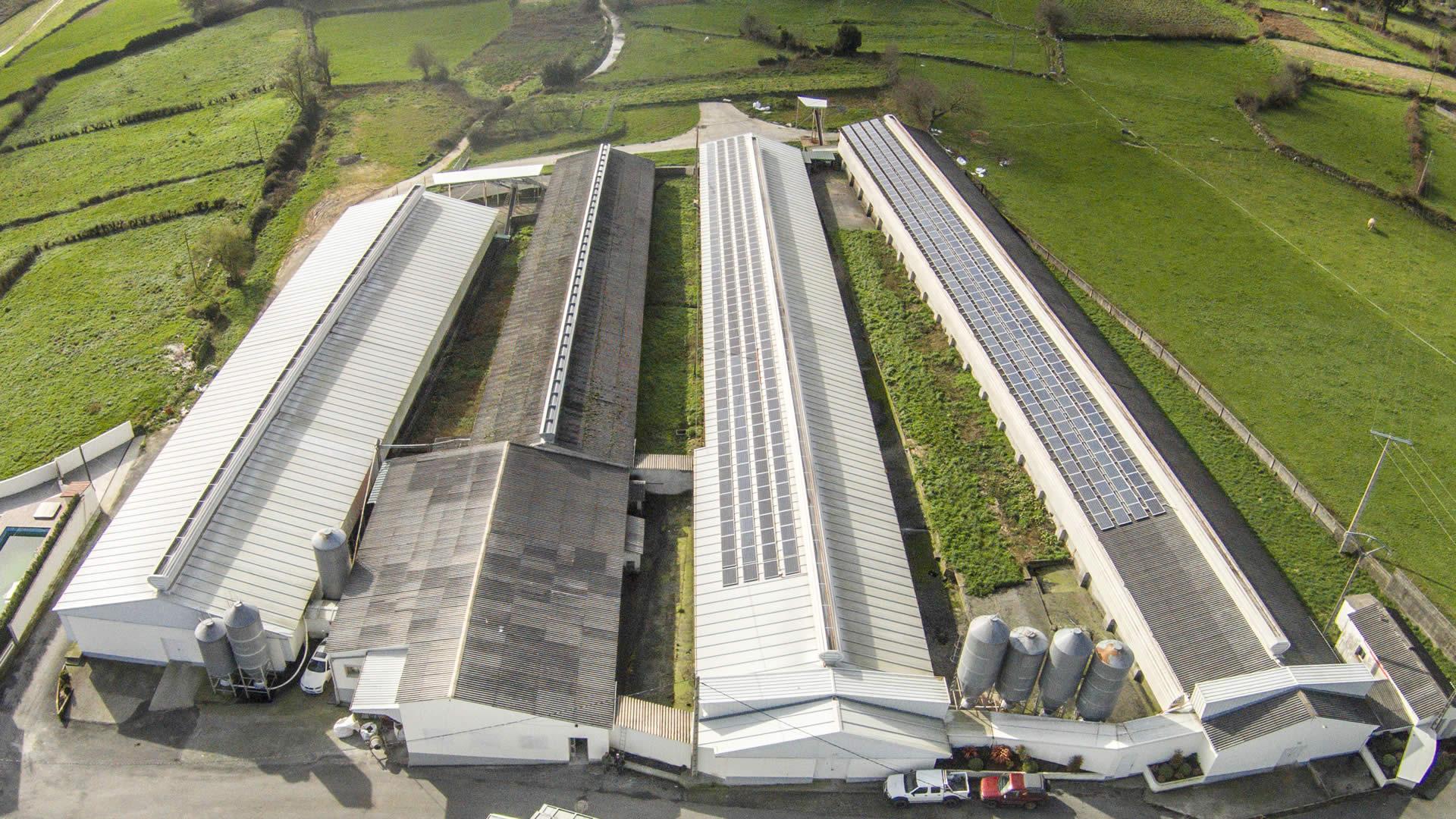 edf-solar-instalacion-paneles-solares-granja-campomayor-4