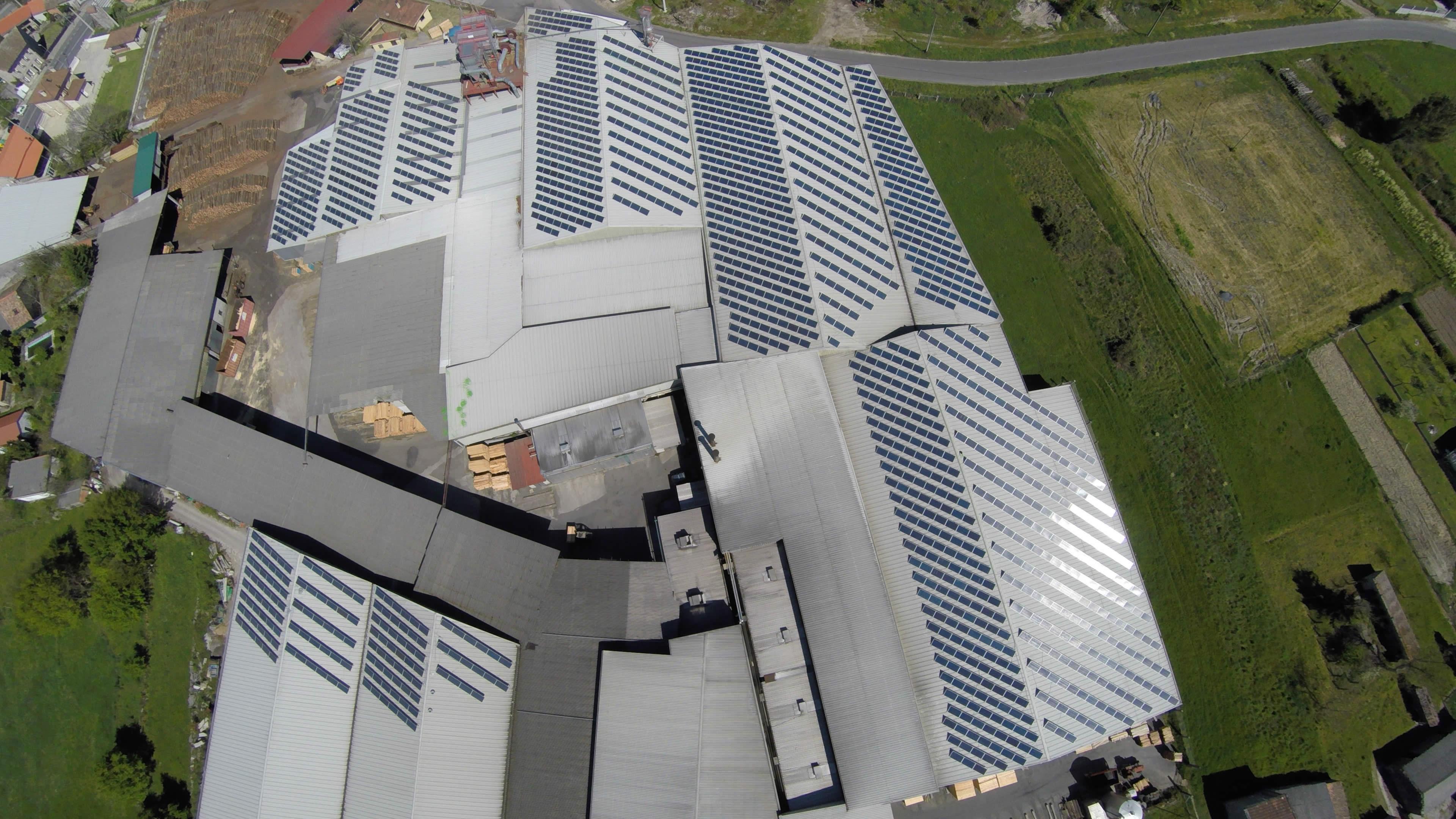 edf-solar-instalacion-paneles-solares-maderas-gomez-2016-02
